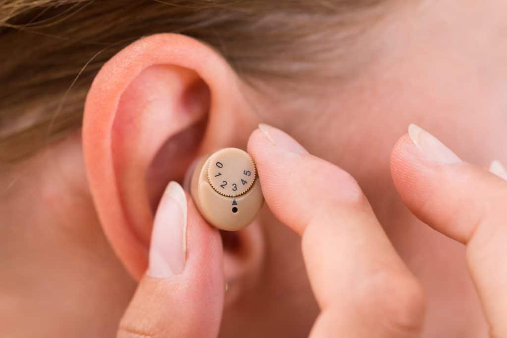 Peut-on régler le son d'un appareil auditif?